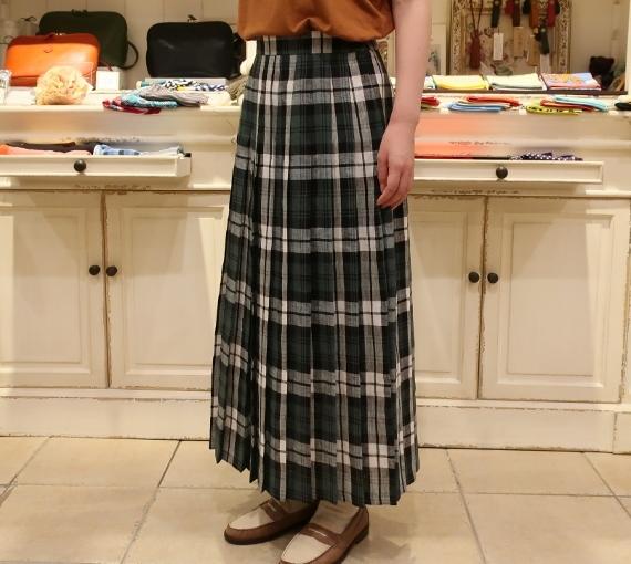 オニールオブダブリン リネンプリーツスカートです。_c0227633_14292778.jpg