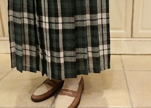 オニールオブダブリン リネンプリーツスカートです。_c0227633_14294501.jpg