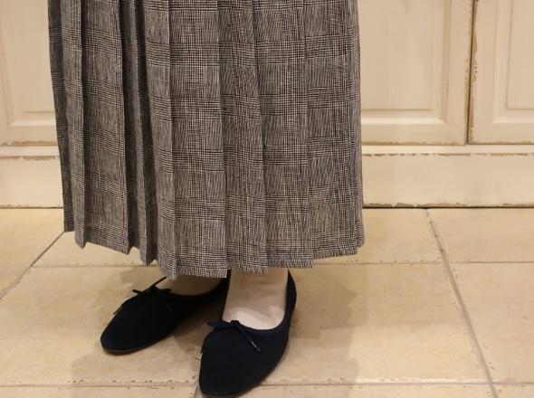 オニールオブダブリン リネンプリーツスカートです。_c0227633_14310077.jpg