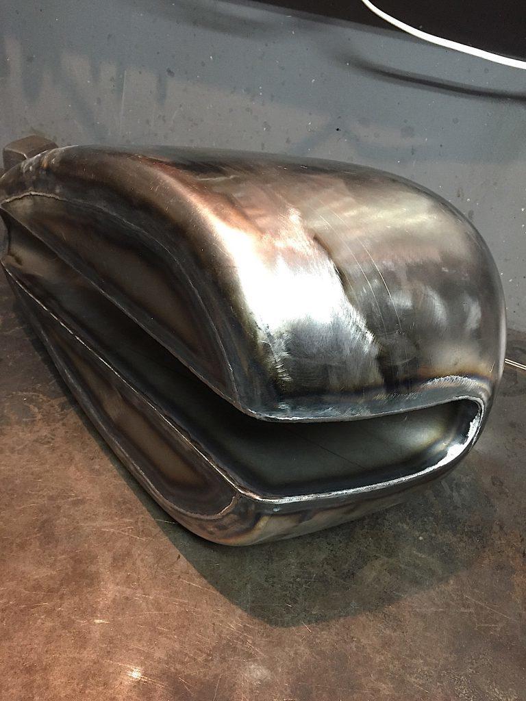 トラッカー用ガスタンク製作_e0397765_16482662.jpg