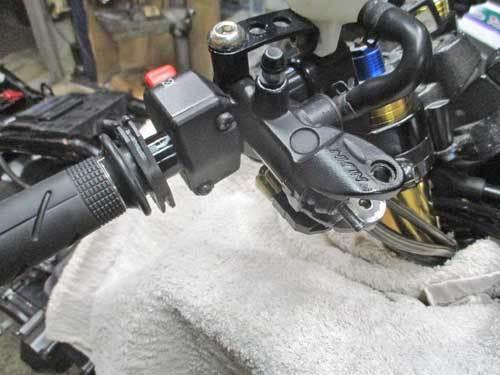 S藤サン号 GPZ900Rニンジャの車検取得と点火系の不調を修理・・・(*^_^*)_f0174721_18443310.jpg