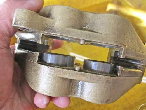 S藤サン号 GPZ900Rニンジャの車検取得と点火系の不調を修理・・・(*^_^*)_f0174721_18470142.jpg