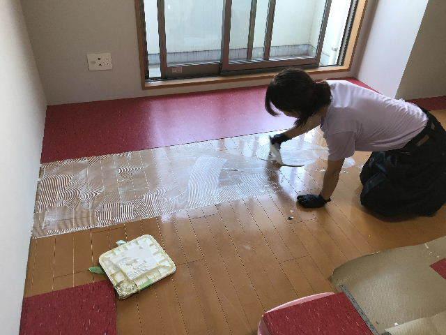 浴室と床と・・・・_f0031037_19435663.jpg