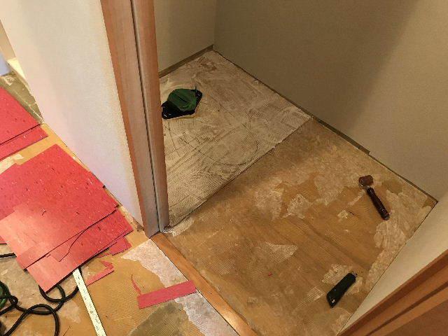 浴室と床と・・・・_f0031037_19482391.jpg