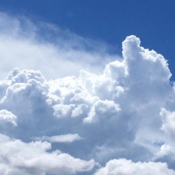 雲、もくもく。_b0273973_20333076.jpg