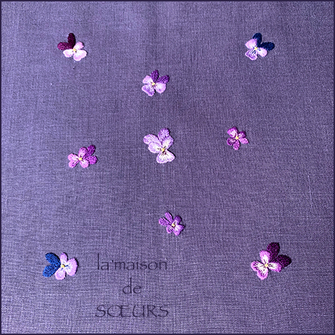 Viola Lutea を散らせて_a0230716_17221369.jpg