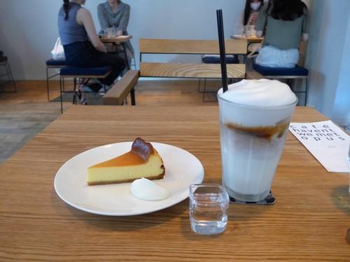仙台「café haven\'t we met Opus」へ行く。_f0232060_23262644.jpg