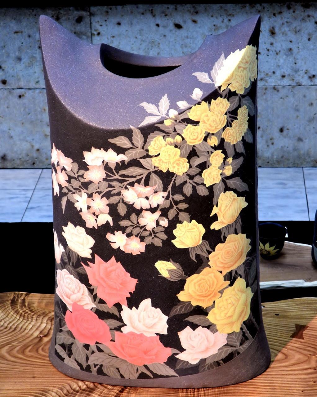 『三戸綾乃作陶展』から_c0305565_17301192.jpg