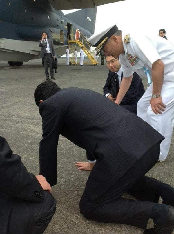 安倍総理、今はただただお疲れ様でした!_c0186691_18564271.jpg