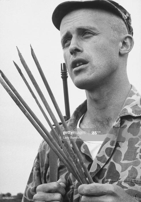 ベオガムの泥濘 1964年11月、彼らは何を着ていたのか?_a0164296_21431485.jpg