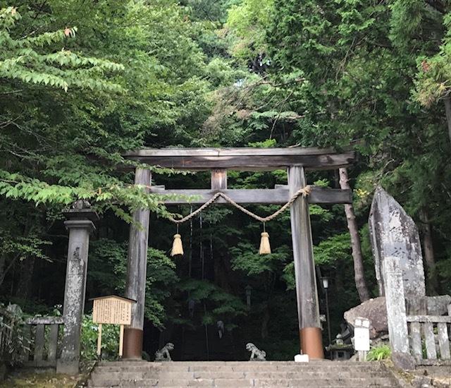 夏の戸隠神社へ_d0085018_22270098.jpg