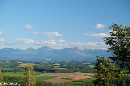 就実の丘と山並みと…~8月の就実_d0340565_19405108.jpg