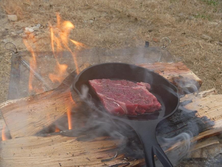 焚き火で豪快トムヤムクンっ、冬の笠置ソロキャンプ!_c0115197_09183361.jpg
