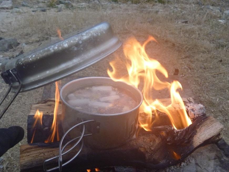 焚き火で豪快トムヤムクンっ、冬の笠置ソロキャンプ!_c0115197_09490561.jpg