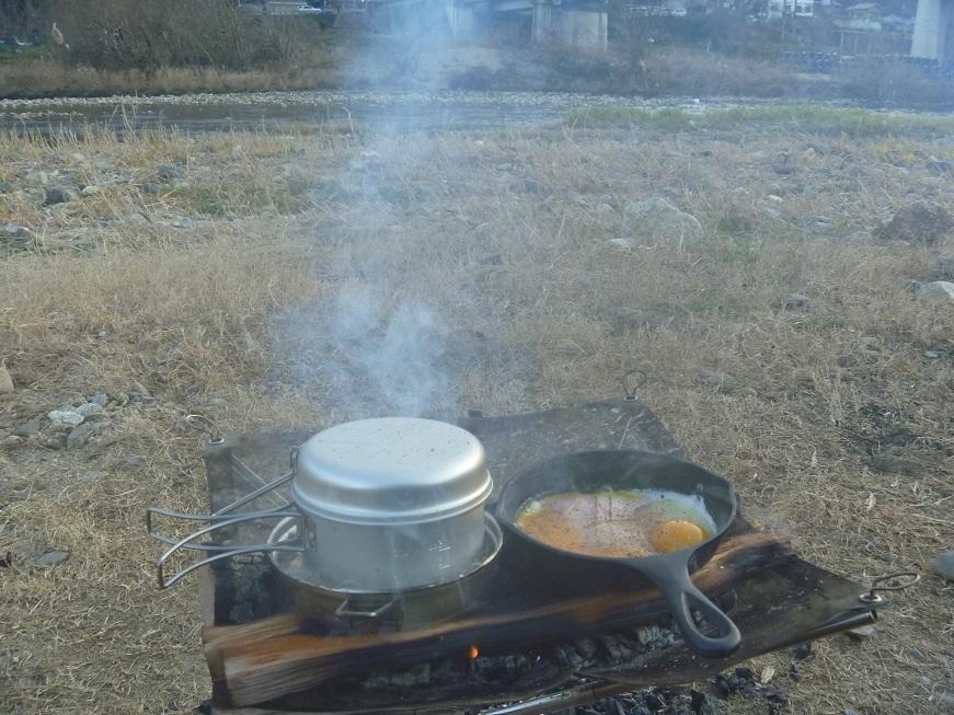 焚き火で豪快トムヤムクンっ、冬の笠置ソロキャンプ!_c0115197_10363102.jpg