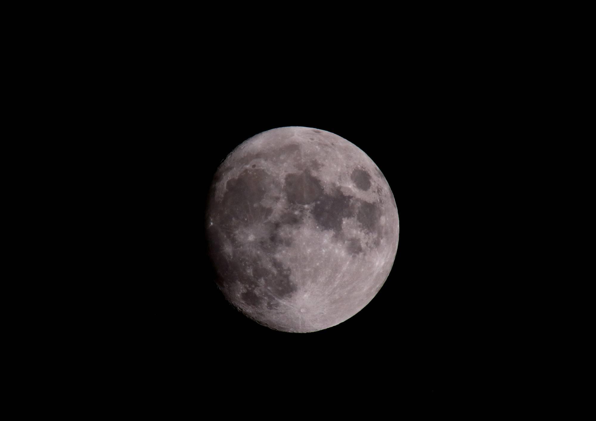 月(Moon) そのⅠ_a0140608_20411720.jpg