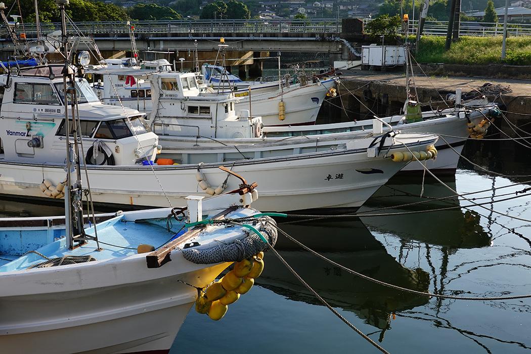 「久々の伊万里湾漁港風景」ー山代町久原付近にてー_c0014538_17560021.jpg