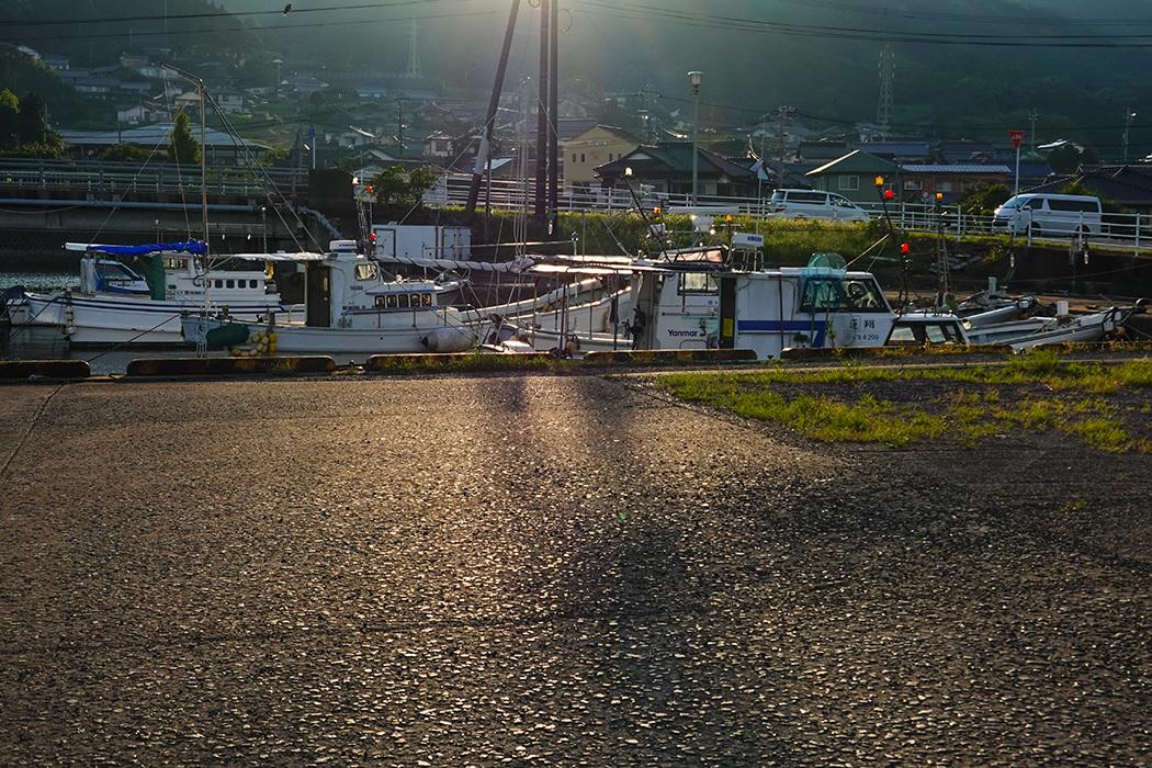 「久々の伊万里湾漁港風景」ー山代町久原付近にてー_c0014538_17563915.jpg