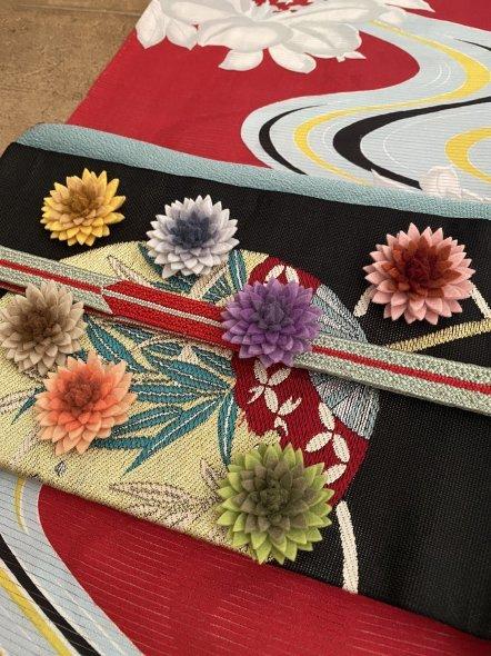 百合と流水柄の華やかな絽の着物に団扇柄の帯の着物コーディネート_e0333647_16124054.jpg