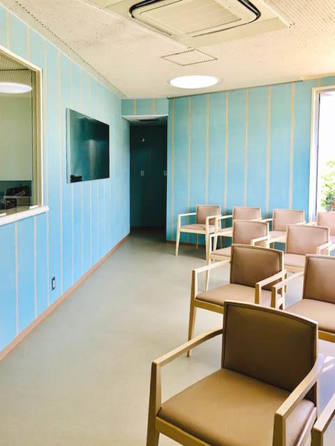 内科消化器科医院 待合リニューアル_f0171785_16485562.jpg