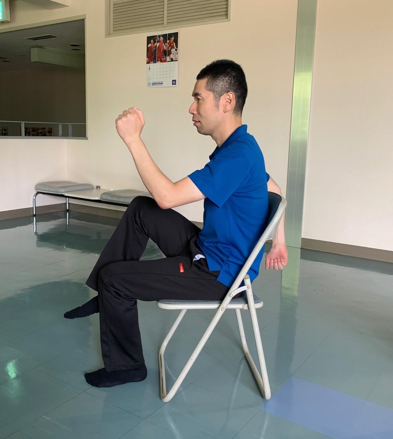 室内で手軽に足踏み運動_f0249602_18383638.jpg