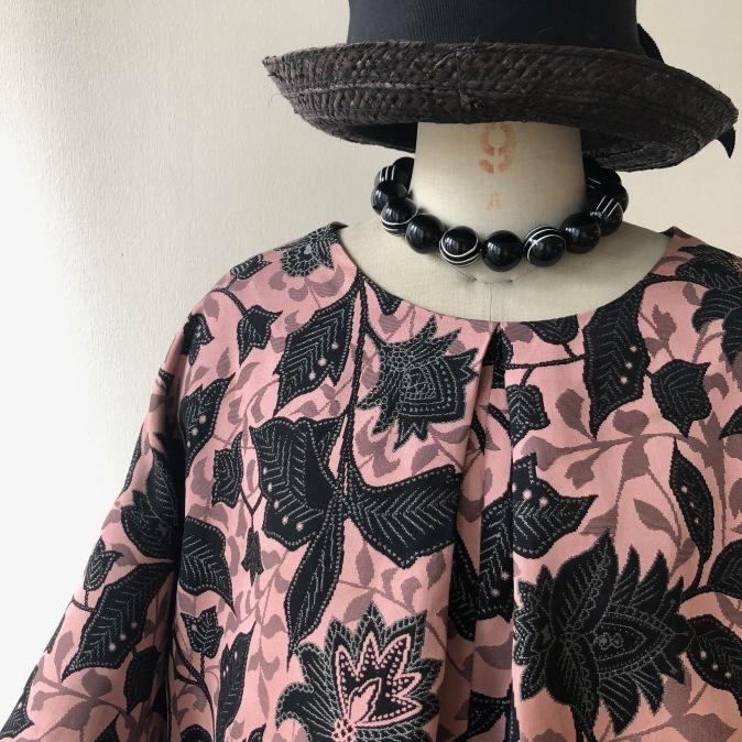 着物リメイク・シルクウールのお着物からワンピース_d0127925_12170772.jpg