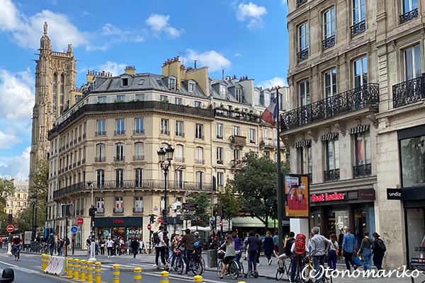 秋に突入したパリ。夏よさようなら・・・_c0024345_17265856.jpg