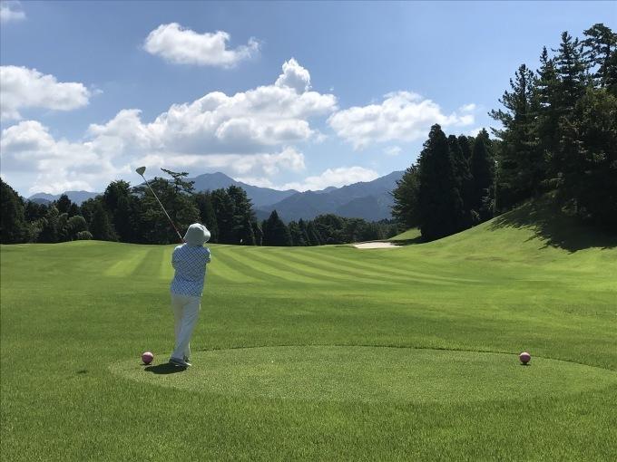 家内と2人、暑い最中にゴルフです_b0100062_08144541.jpeg