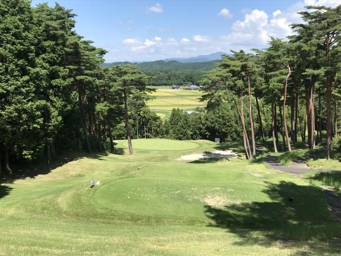 家内と2人、暑い最中にゴルフです_b0100062_08155645.jpeg