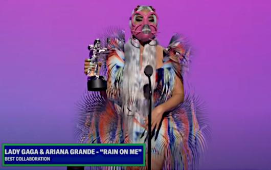 2020年MTVビデオ・ミュージック・アワード授賞式は、レディ・ガガさんのショー(受賞スピーチ全文和訳付き)_b0007805_01424894.jpg
