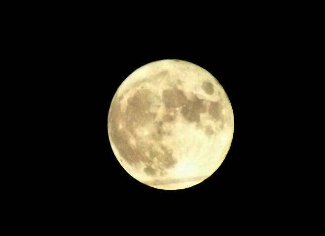 『vol.4124 昨夜は、満月でした』_e0040714_16303830.jpg