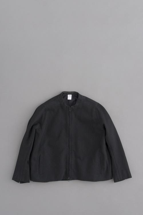 NO CONTROL AIR コットンエステルデニム ノーカラージップジャケット (ブラック)_d0120442_14273993.jpg