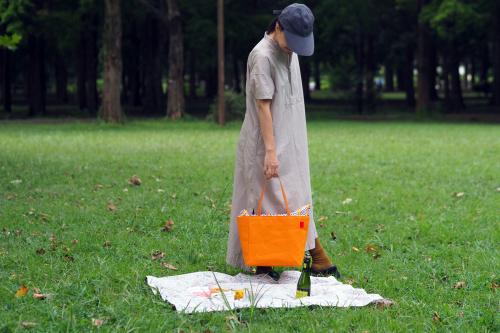 キャンバス生地の「picnic tote」_e0243765_13413906.jpg
