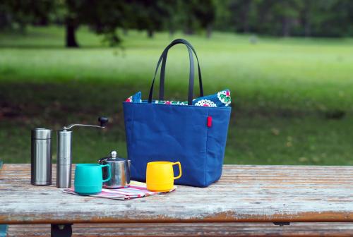 キャンバス生地の「picnic tote」_e0243765_13452375.jpg