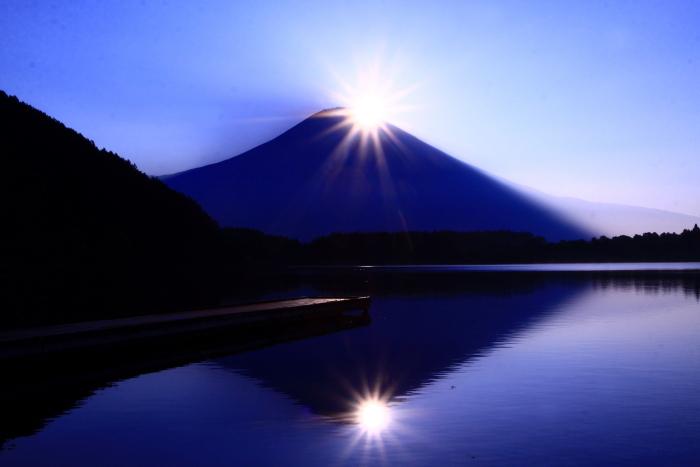 令和2年8月の富士(15) 田貫湖の日の出の富士 _e0344396_22030029.jpg