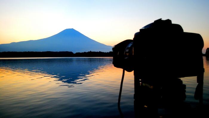 令和2年8月の富士(15) 田貫湖の日の出の富士 _e0344396_22030034.jpg