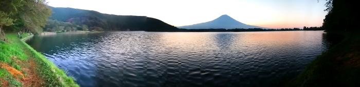 令和2年8月の富士(15) 田貫湖の日の出の富士 _e0344396_22030035.jpg