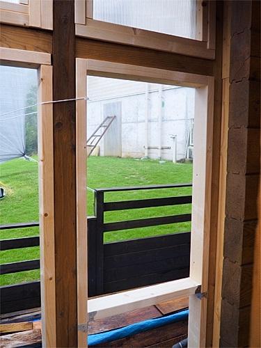 [DIY]で新部屋を作る。~東側壁面の造作を開始~_a0282620_14392715.jpg