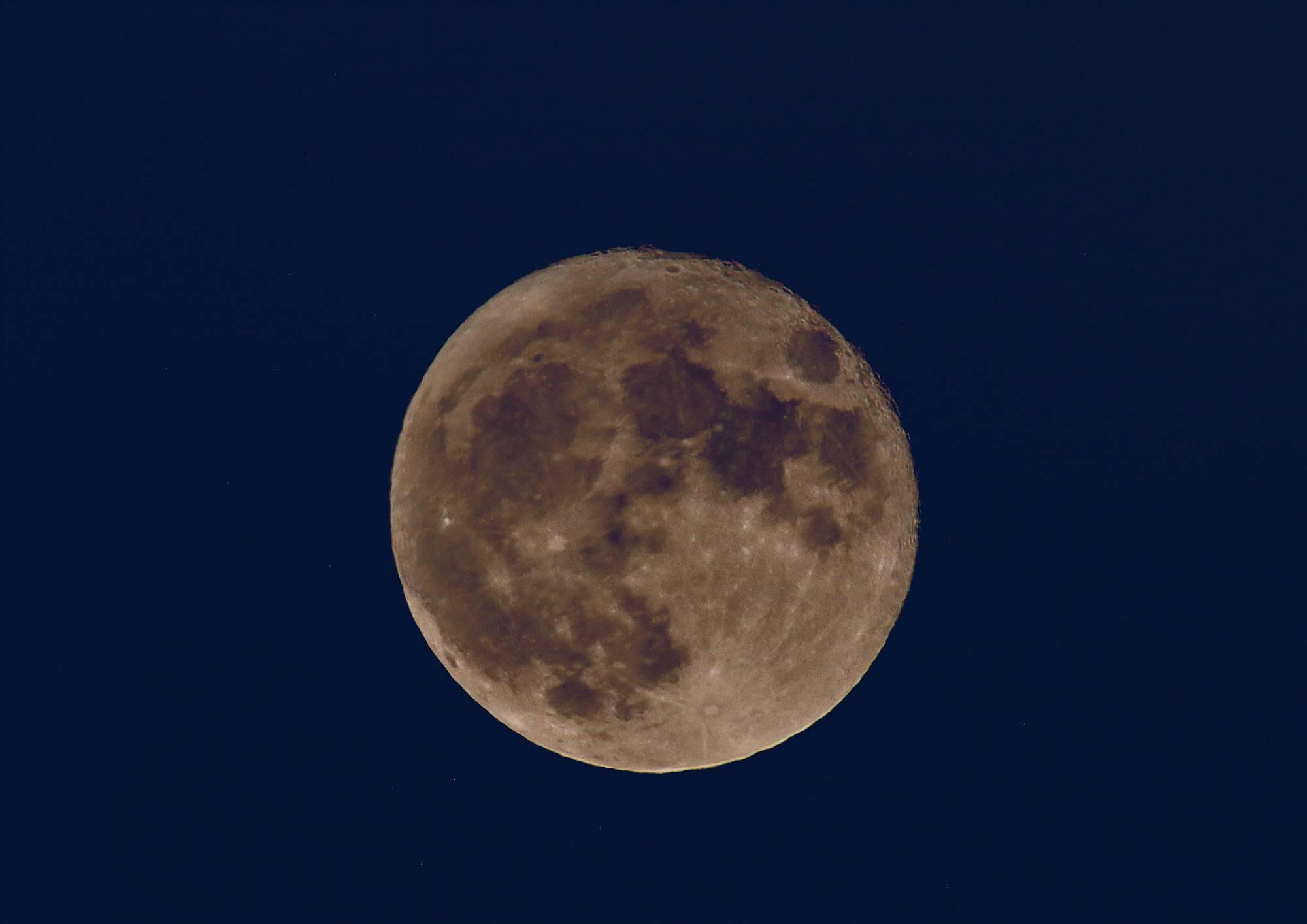 月(Moon) そのⅤ_a0140608_19432809.jpg