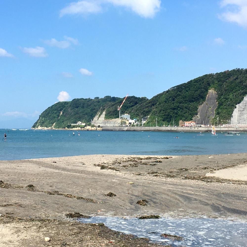 逗子の海岸を歩く_c0060143_11271501.jpg