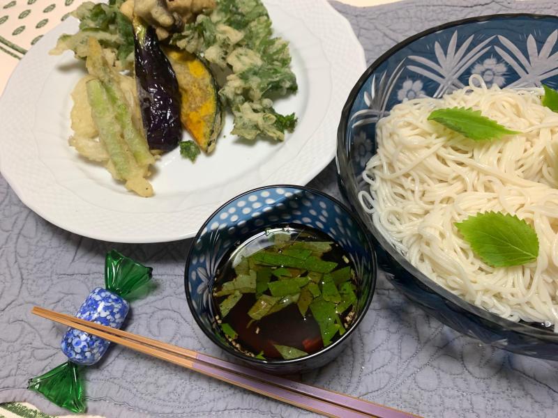 セロリの天ぷら_b0408892_22432200.jpg