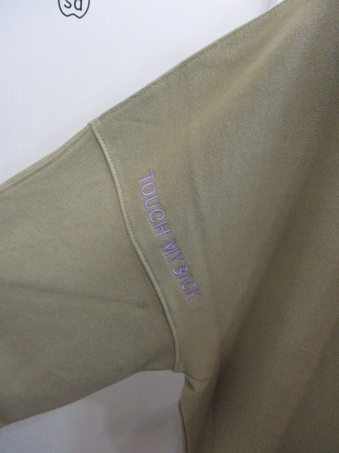 MARIED\'OR マリードール MARIED\'OR / 裏毛ヨコ使い刺繍入りロングハイネックプルオーバー_e0076692_18241594.jpg