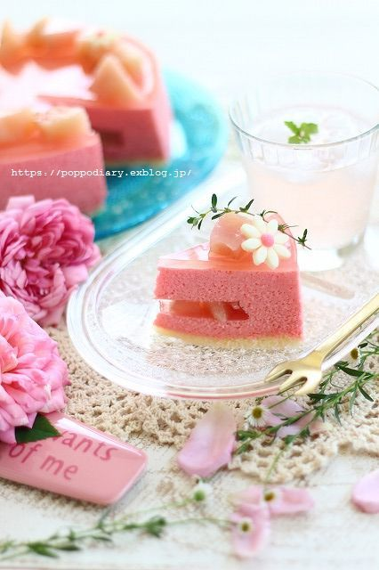 桃ムースケーキ&遅咲きアナベル_a0134594_22171486.jpg