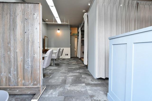 美容院の内装工事 3 完成_c0068695_16350339.jpg