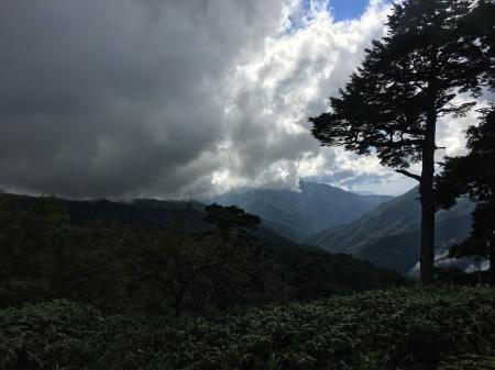9月5日(土)晴 登山道ではにわか雨_c0089831_06150780.jpeg