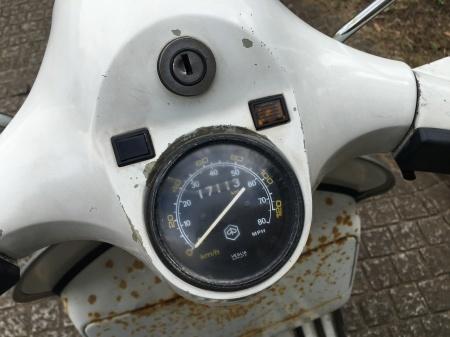 1980年 Piaggio Vespa P200E  白 17,000km_f0123137_15275838.jpg