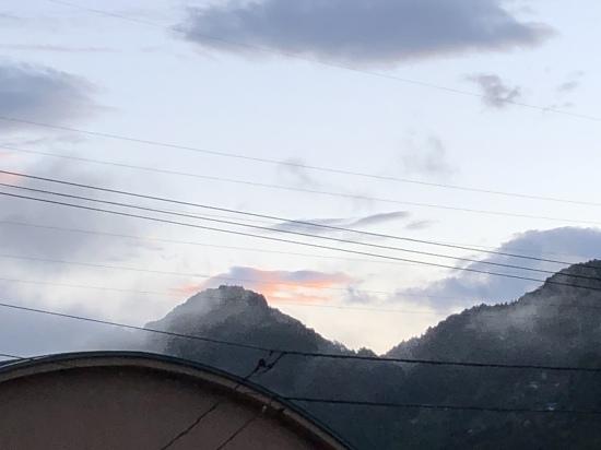 嵐の前に_e0151266_05582356.jpeg