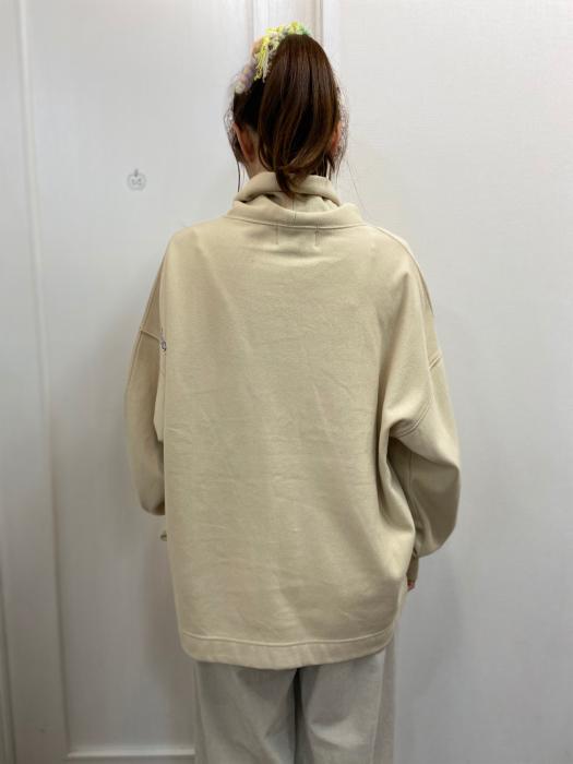 MARIED\'OR マリードール MARIED\'OR / 裏毛ヨコ使い刺繍入りロングハイネックプルオーバー_e0076692_12481916.jpg