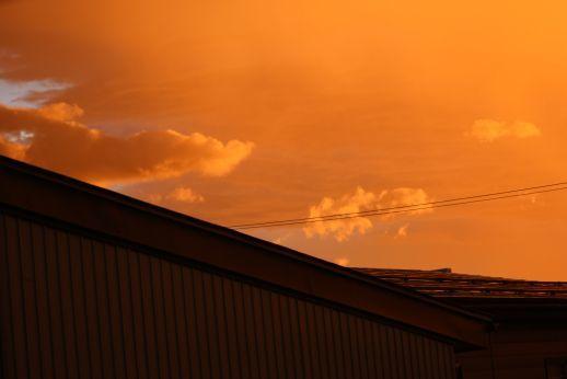 20200907 【今日の天気】夕方、西の空_b0013099_19131373.jpg