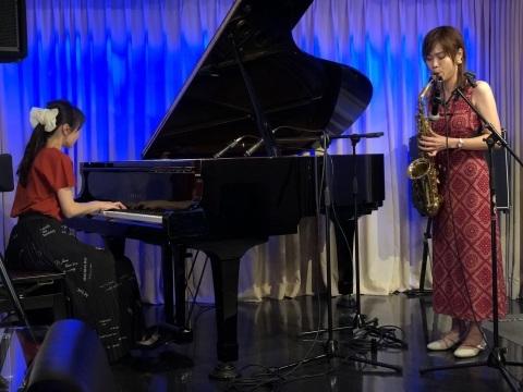 広島 Jazzlive Cominジャズライブカミン 明日9月9日の生演奏_b0115606_09362105.jpeg